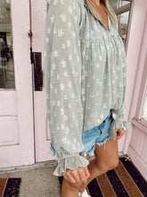 Load image into Gallery viewer, Appliqué Star Blouse - Mint
