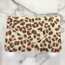Load image into Gallery viewer, Neutral Leopard Clutch