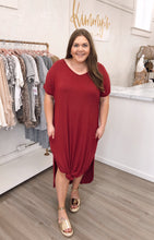 Load image into Gallery viewer, Curved Hem Boxy Maxi Dress - Wine