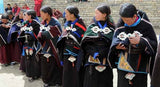 "Attache de manteau ""dorje"" du Dolpo"