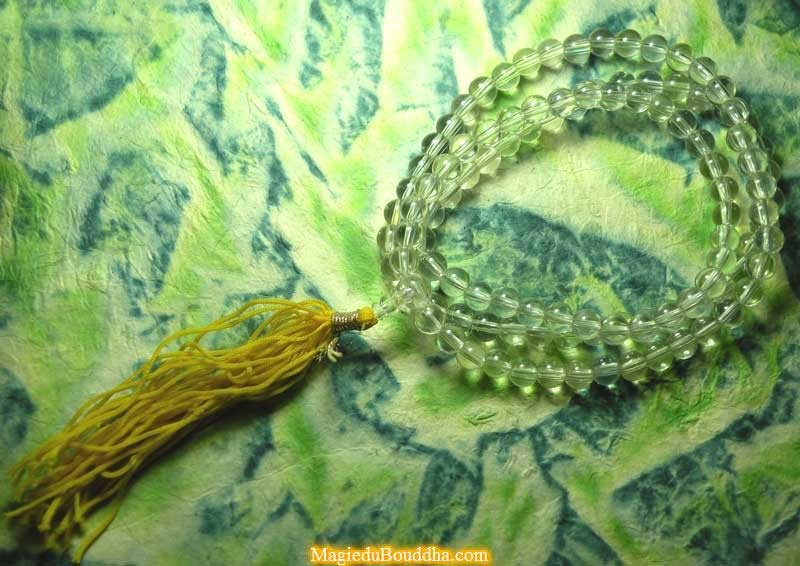 Great mala in translucent glass
