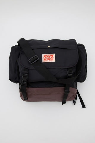 Two-Tone Commuter Messenger