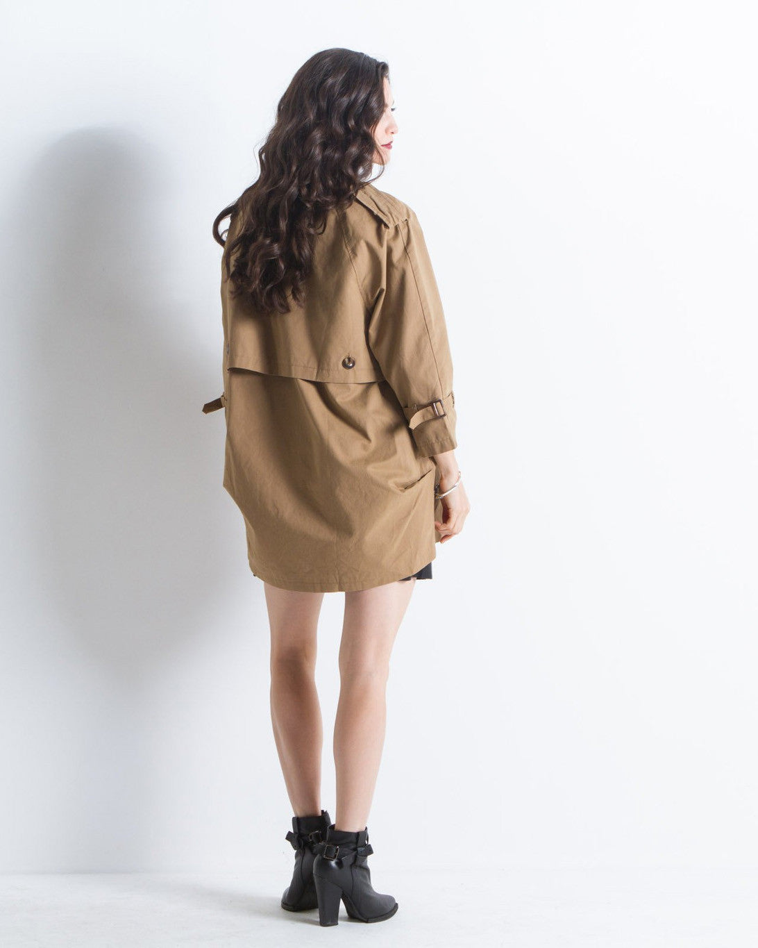 Evelyn Cropped Trench Coat (Camel)