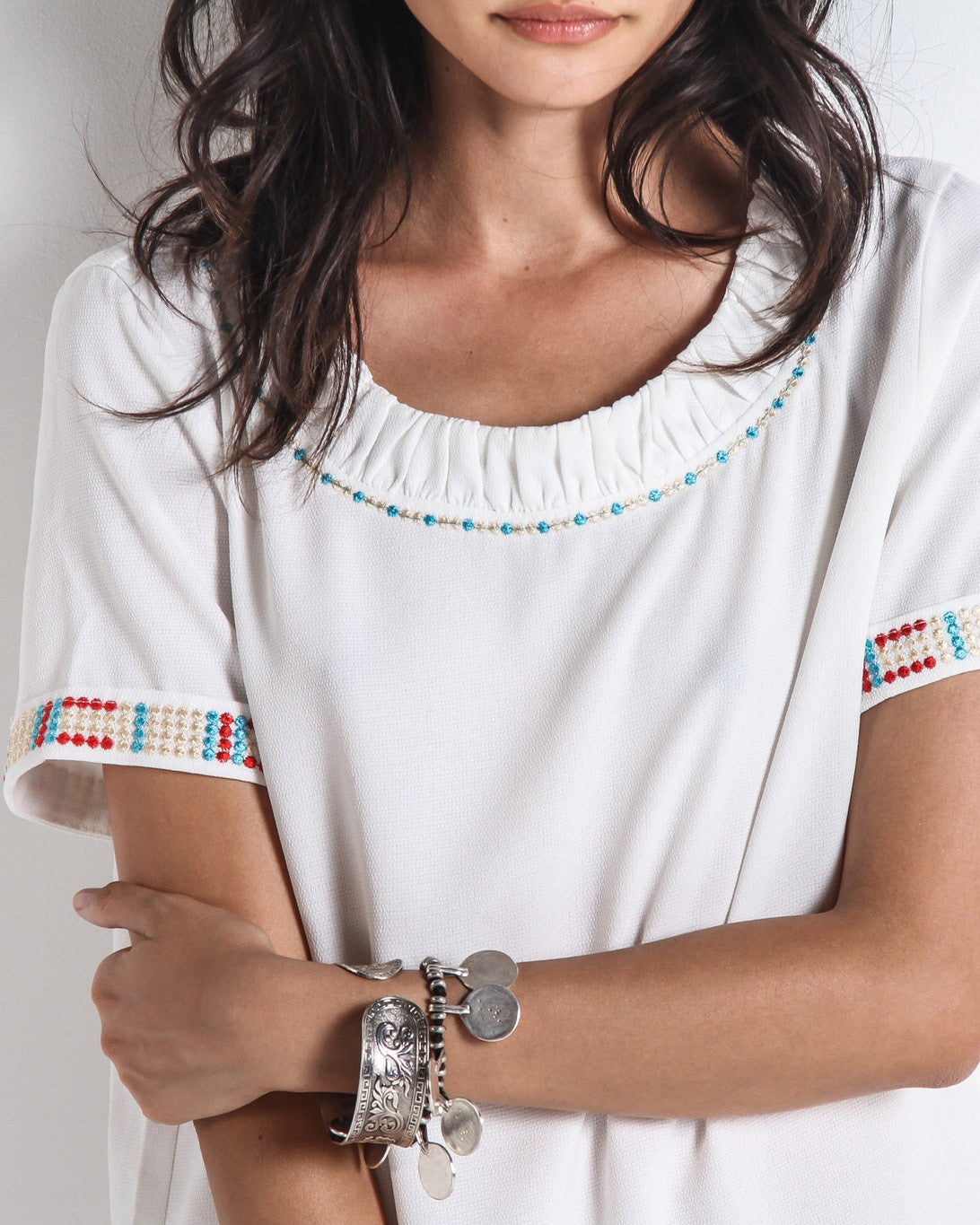 Helki Embroidered Scoop Neck Top (White/Multi)