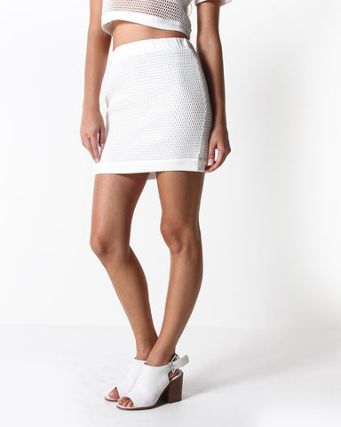 Izusa Mesh Mini Skirt (White)
