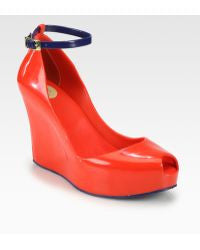 Patchuli V Wedges (Red/Navy)