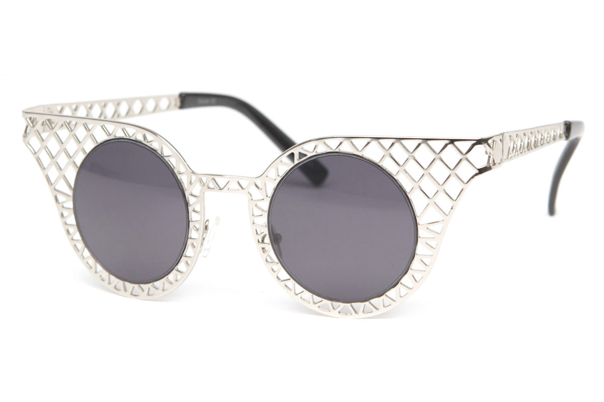 Trinity Rounded Winged Tipped Sunglasses