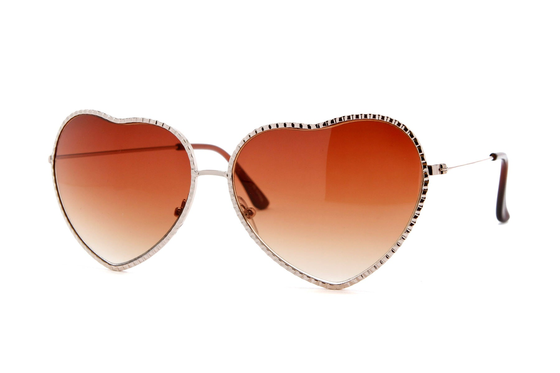 Ribbed Metal Heart Sunglasses