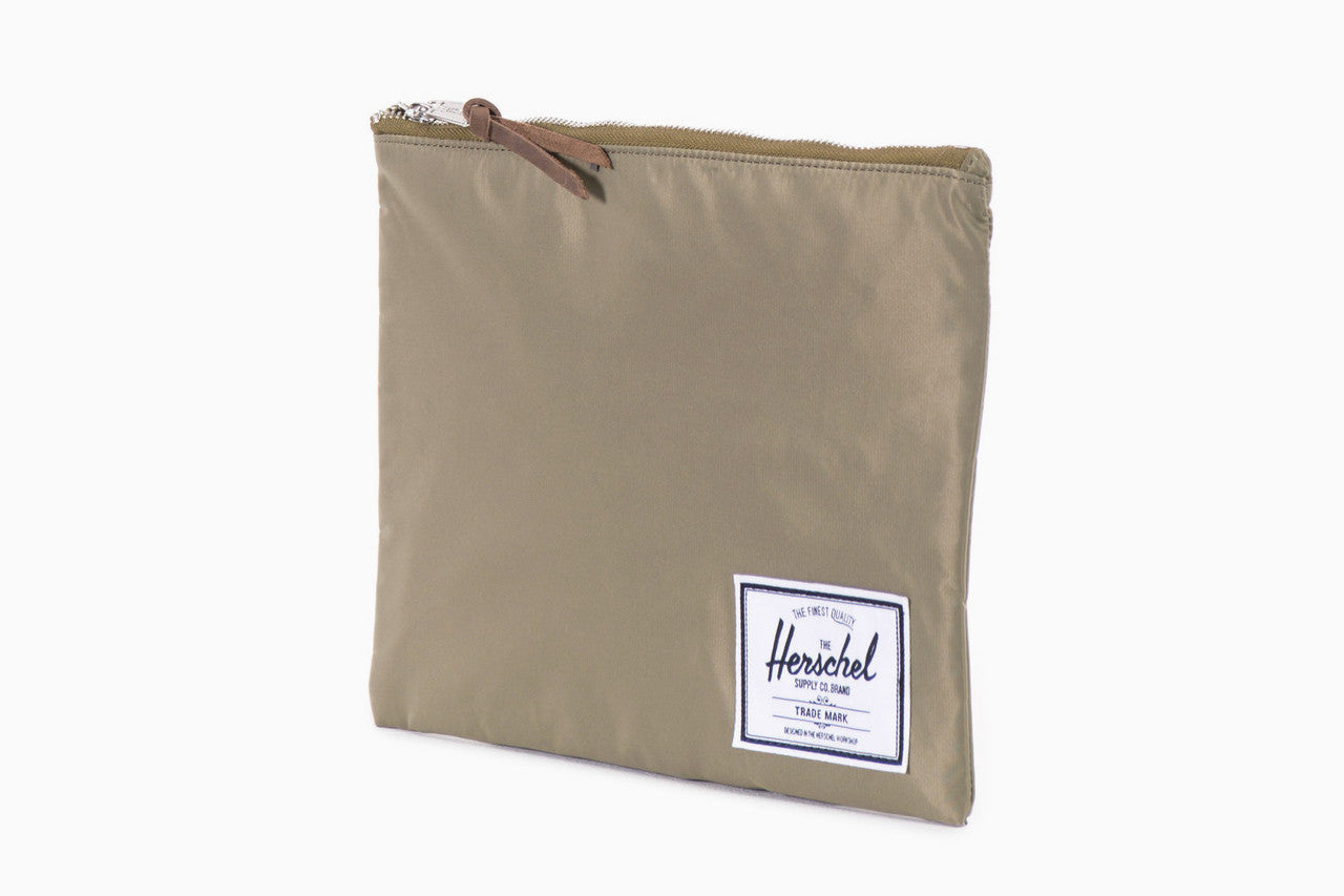 Network Large Nylon Pouch (Fern Green)