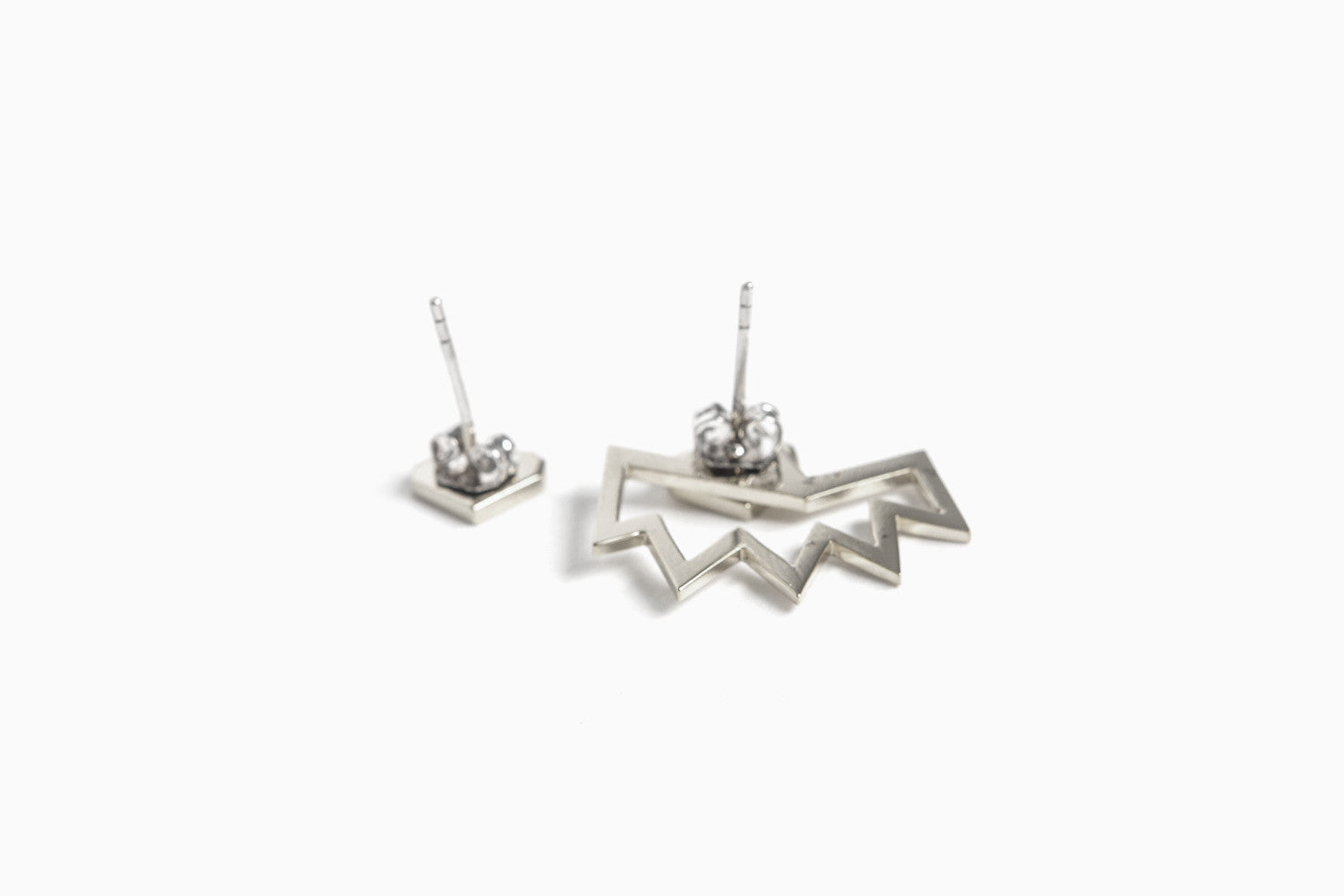 Love+Made x Miss Wax Earring (Silver)