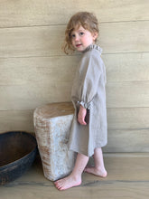 Load image into Gallery viewer, IRIS DRESS - Linen Michael