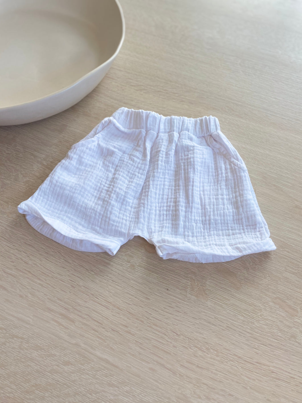 JAMES SHORTS - Linen Michael