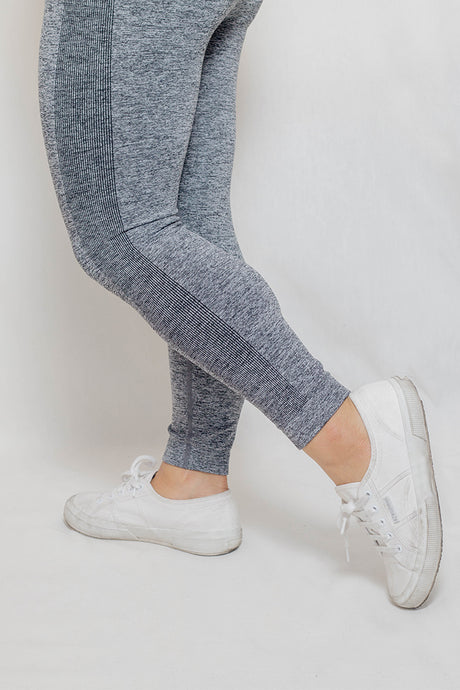 Classic 7/8 Leggings in Pebble