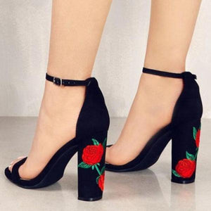 Thick embroidered rose ladies sandals