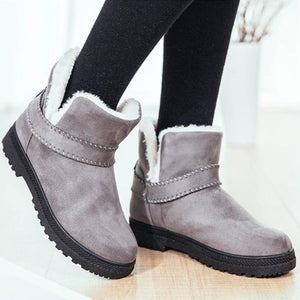 Plain  Flat  Velvet  Round Toe  Date Outdoor  Short High Heels Boots