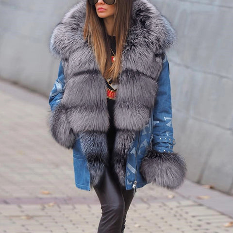 Women's long sleeve fur collar cuffed letter coat