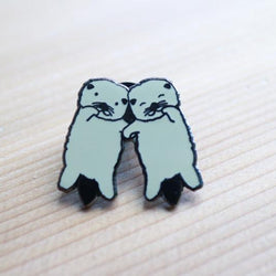 Craftedvan - Enamel Pin – Otters