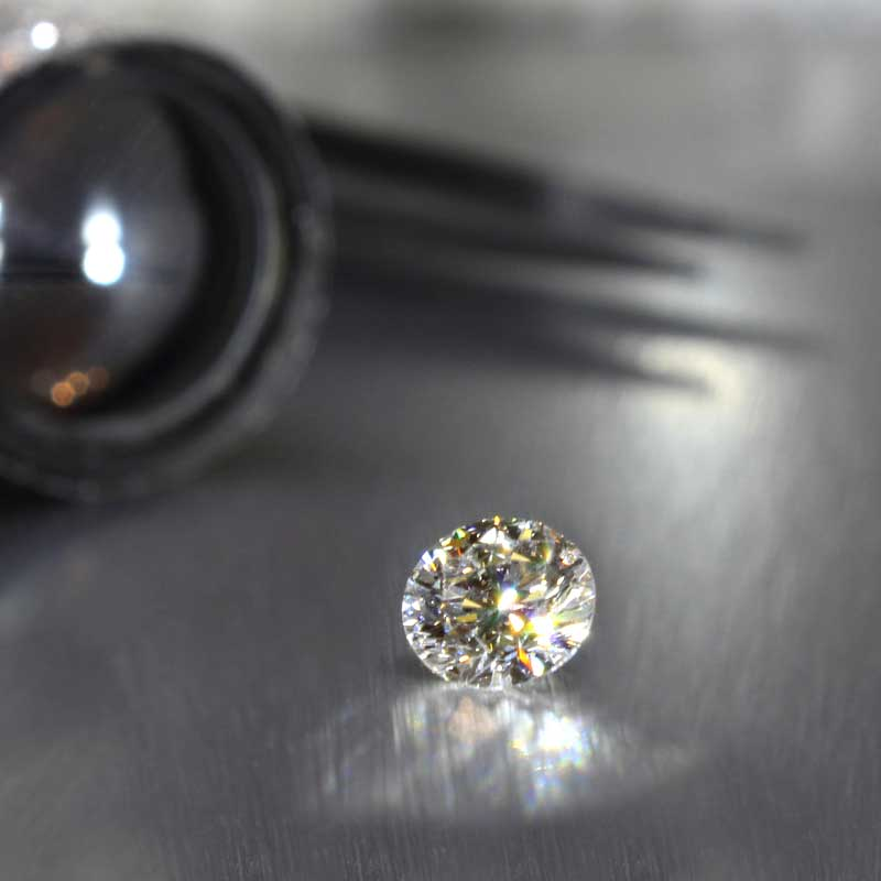 lab diamonds vs moissanite by aterna at quorri canada