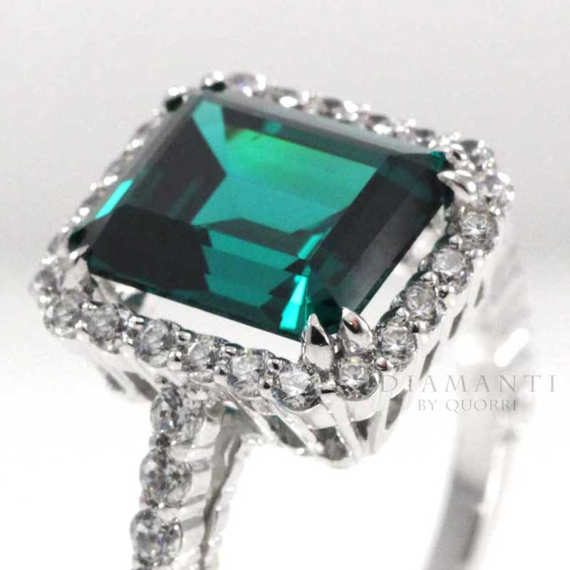genuine loose green emerald gemstones and rings at Quorri Canada