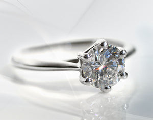 Quorri offers affordable man made diamond engagement rings in Canada