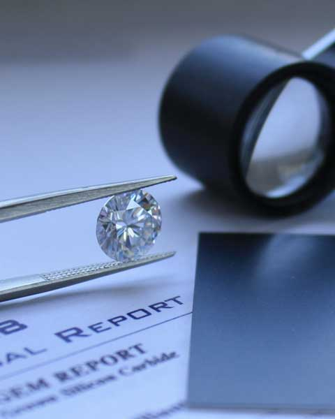 Aterna moissanite loose stones and engagement rings from quorri