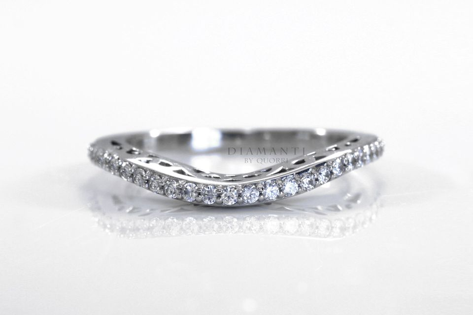 low cost high quality diamond wedding bands at Quorri Canada