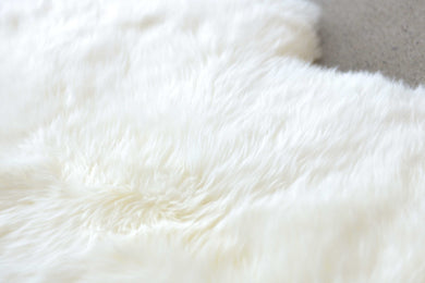 New Zealand Sexto Sheepskin Rug 6' X 6' - Natural