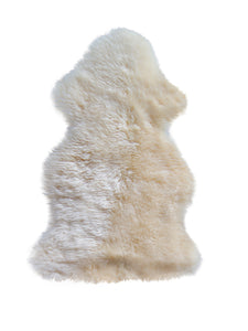 New Zealand Single Sheepskin 2' X 3' - Gold