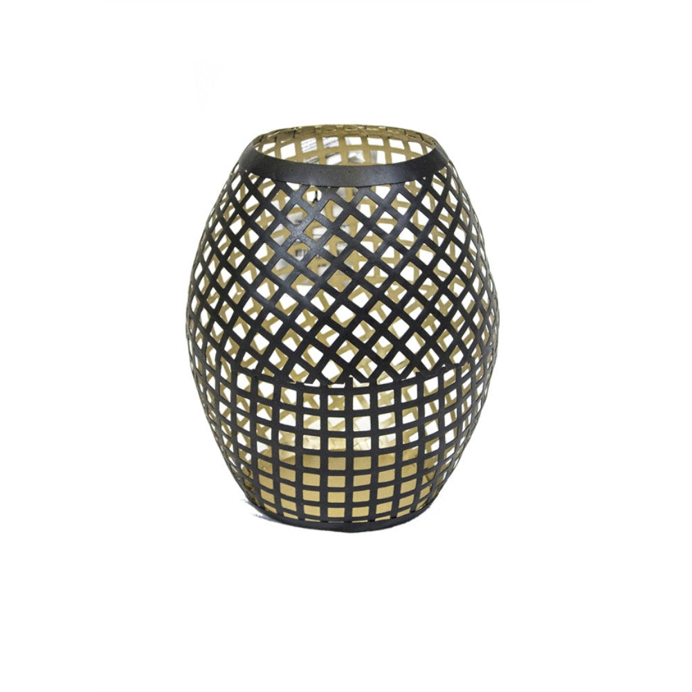Enticing Lattice Look Metal Candle Holder, Black