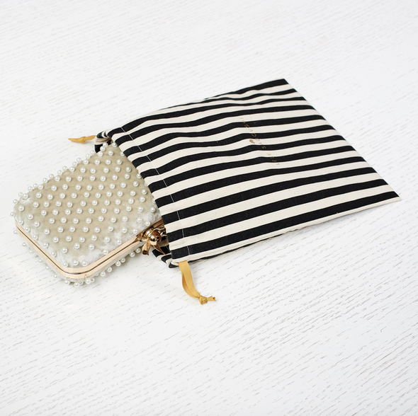 LILY PEARL MINAUDIERE
