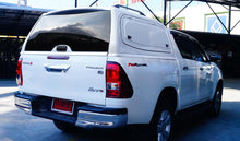 Isuzu D-Max 2012+ Double Cab Venetian Red Solid Gullwing V2 Canopy