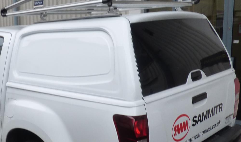 Toyota Hilux 2016+ Double Cab Pure White Solid Sided Tradesman V2 Canopy