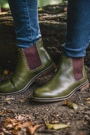 Load image into Gallery viewer, Cipriata Leather Chelsea Boots - Olive Olive UK 3
