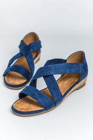 Load image into Gallery viewer, Cipriata Stretchy Crossover Sandal - Navy