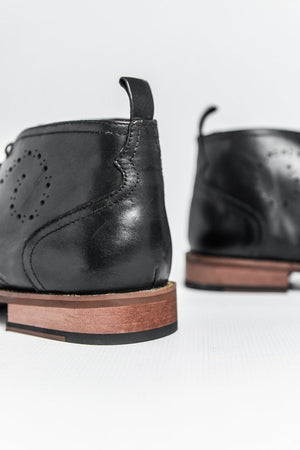 Roamers Leather Brogue Desert Boots - Black