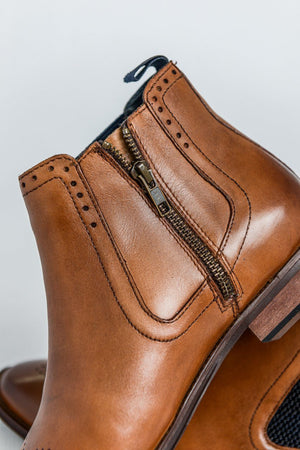 Load image into Gallery viewer, Roamers Leather Zip Chelsea Boot - Tan