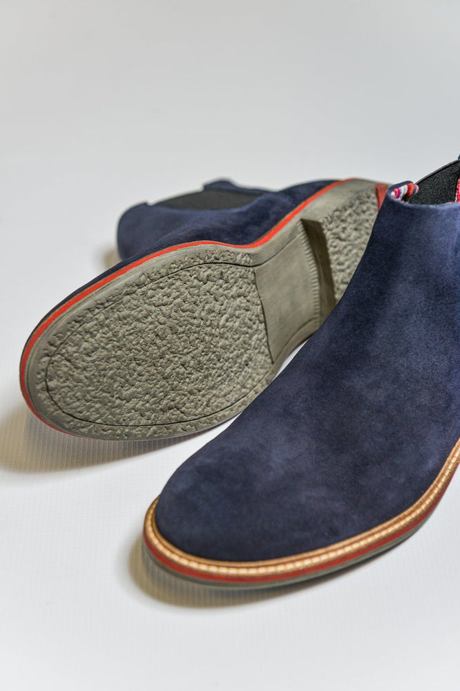 Load image into Gallery viewer, Roamers Suede Chelsea Boots - Navy