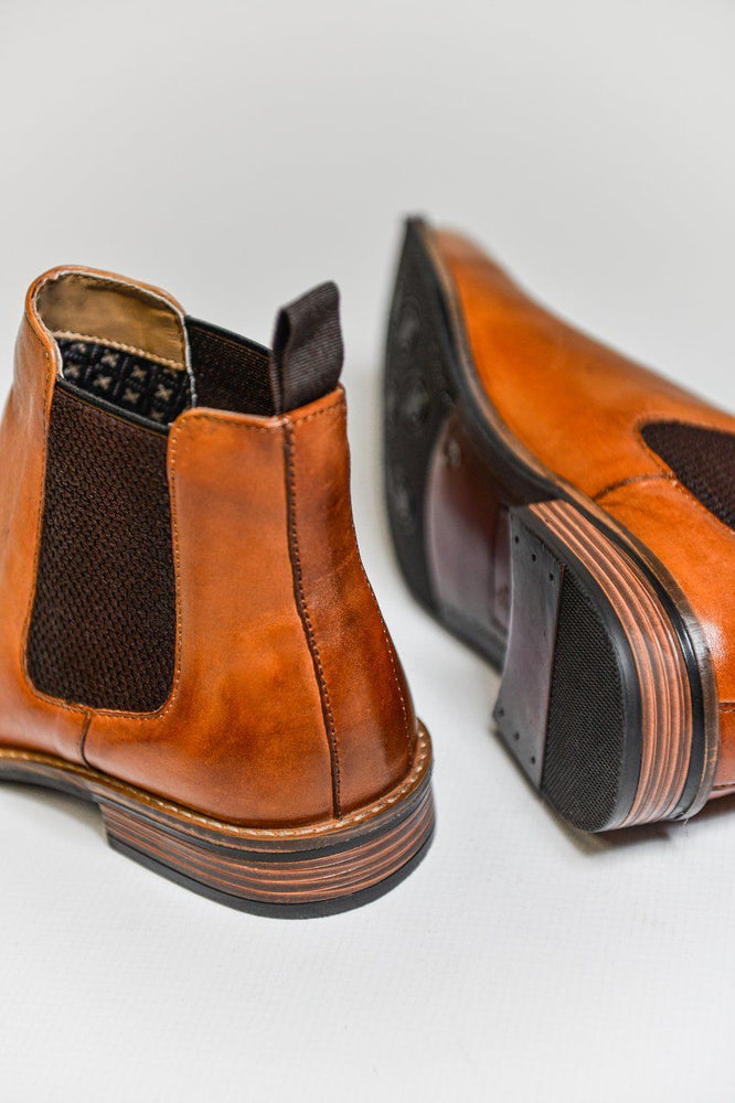 Roamers Tan Leather Chelsea Boots