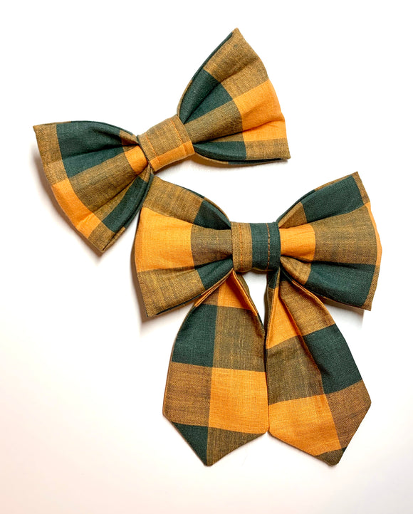 October - Pet Bow Tie - Girlie Bow Tie