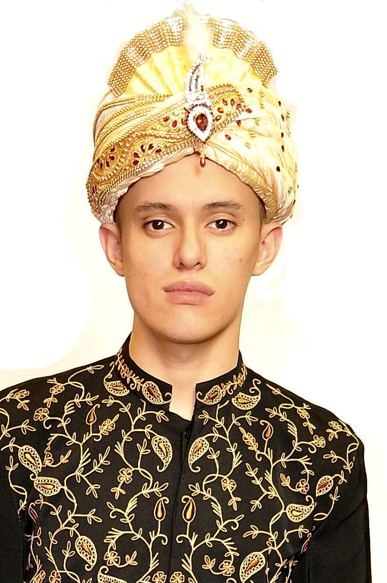 Ivory and Gold Turban