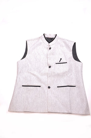 Silk Vest with Black Details and Black Lining