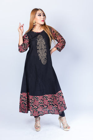 Block Printed Cotton Crow Black With Crimson Red Floral Kurta