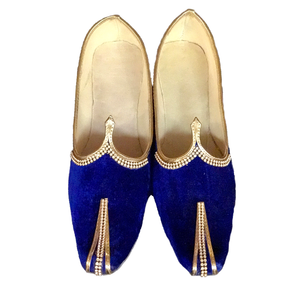 Velvet Royal Blue Solid Mojari