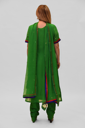 Georgette Silk Emerald Green Embroidered Salwar Kameez