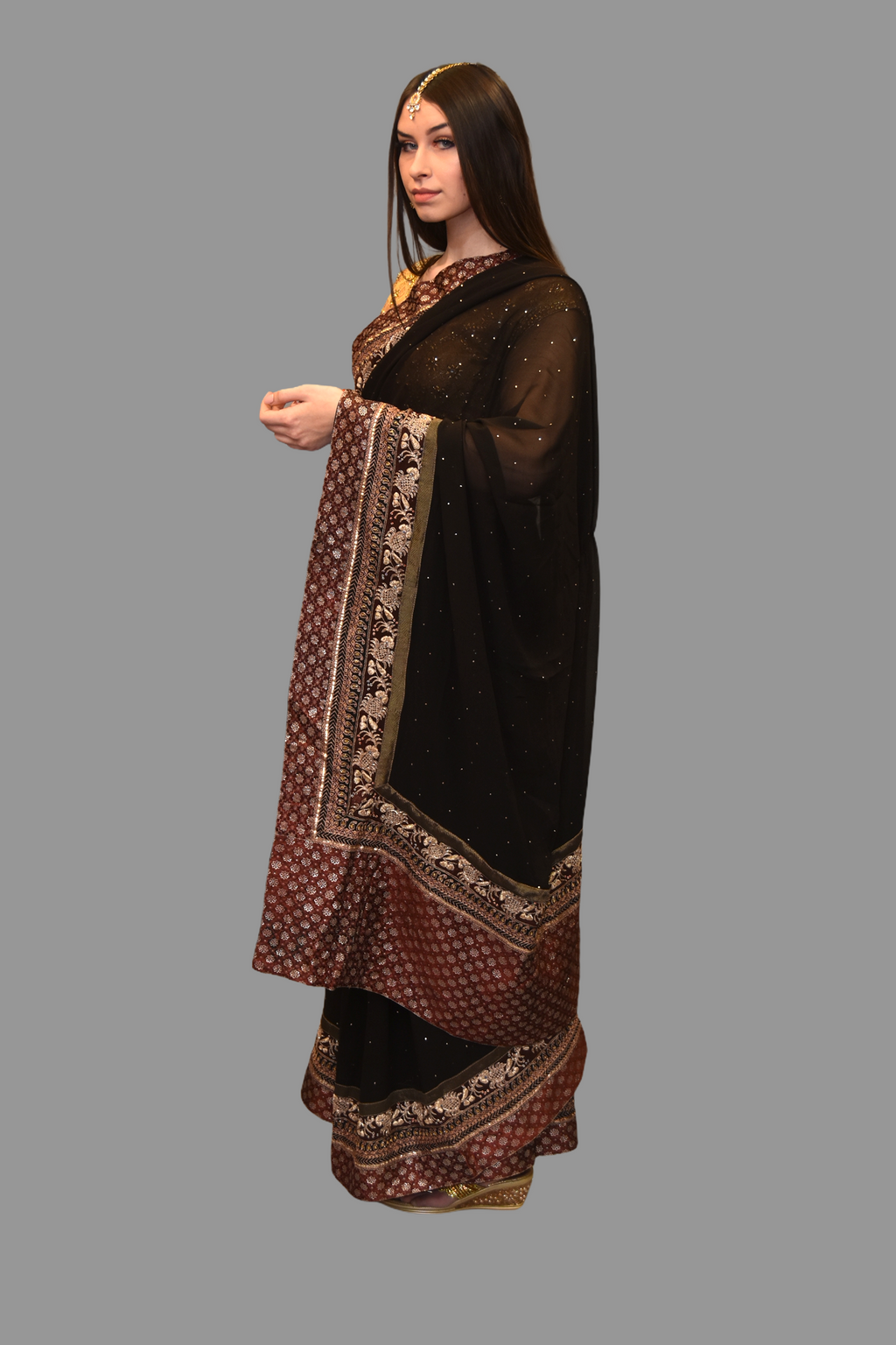 Silk Georgette Embroidered Dark Chocolate Brown Saree With Contrast Maroon Border