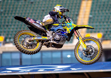 Suzuki's Alex Martin Turns Main Event Holeshot into Third Top-Five Finish