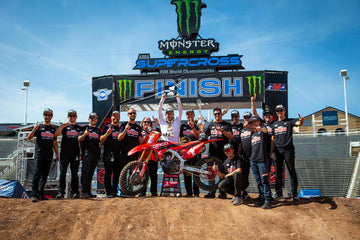 Sexton Nails Showdown Race Victory to Claim Second-Straight 250 Supercross Championship