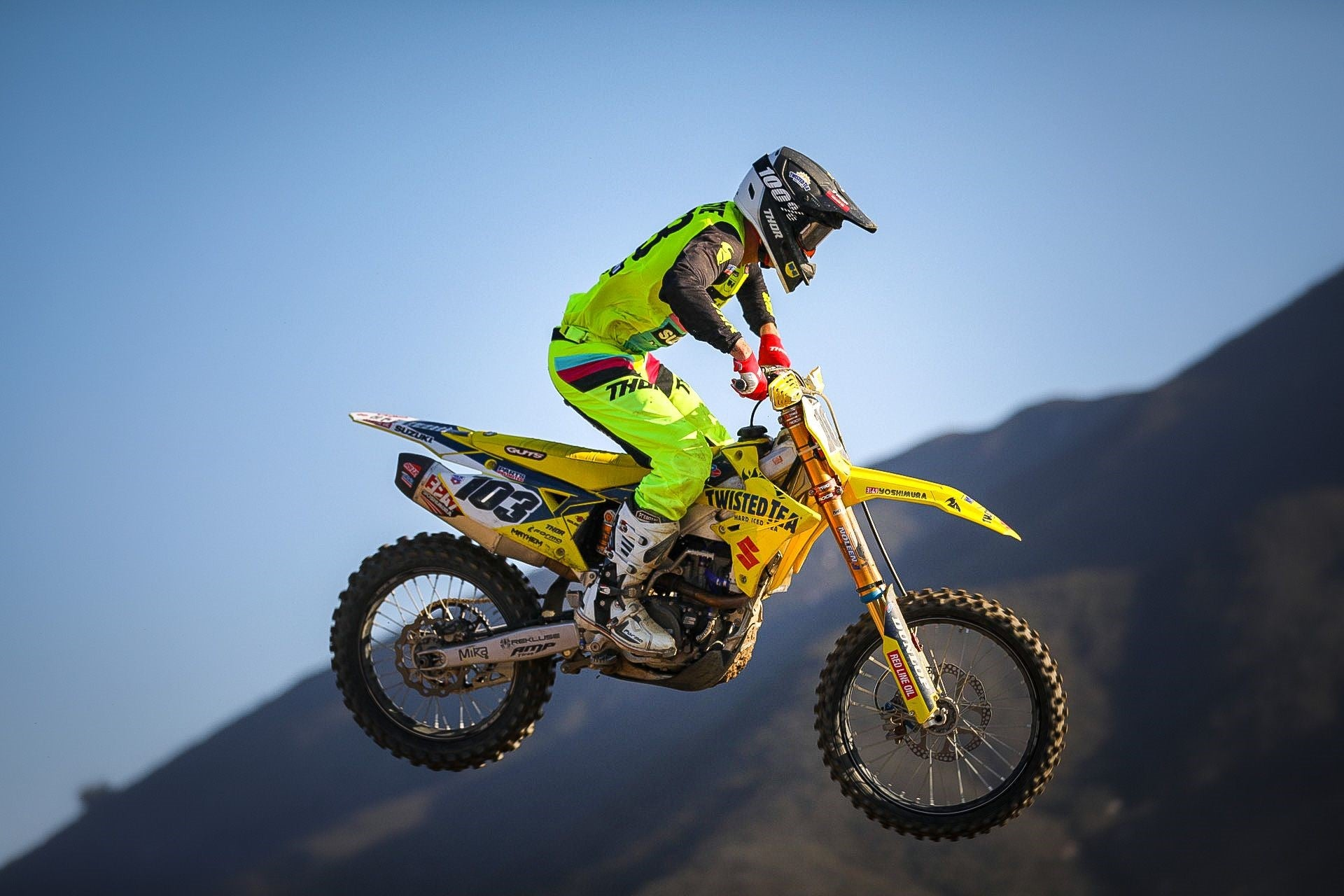 Max Anstie (#103) finishes in 9th place in moto#1