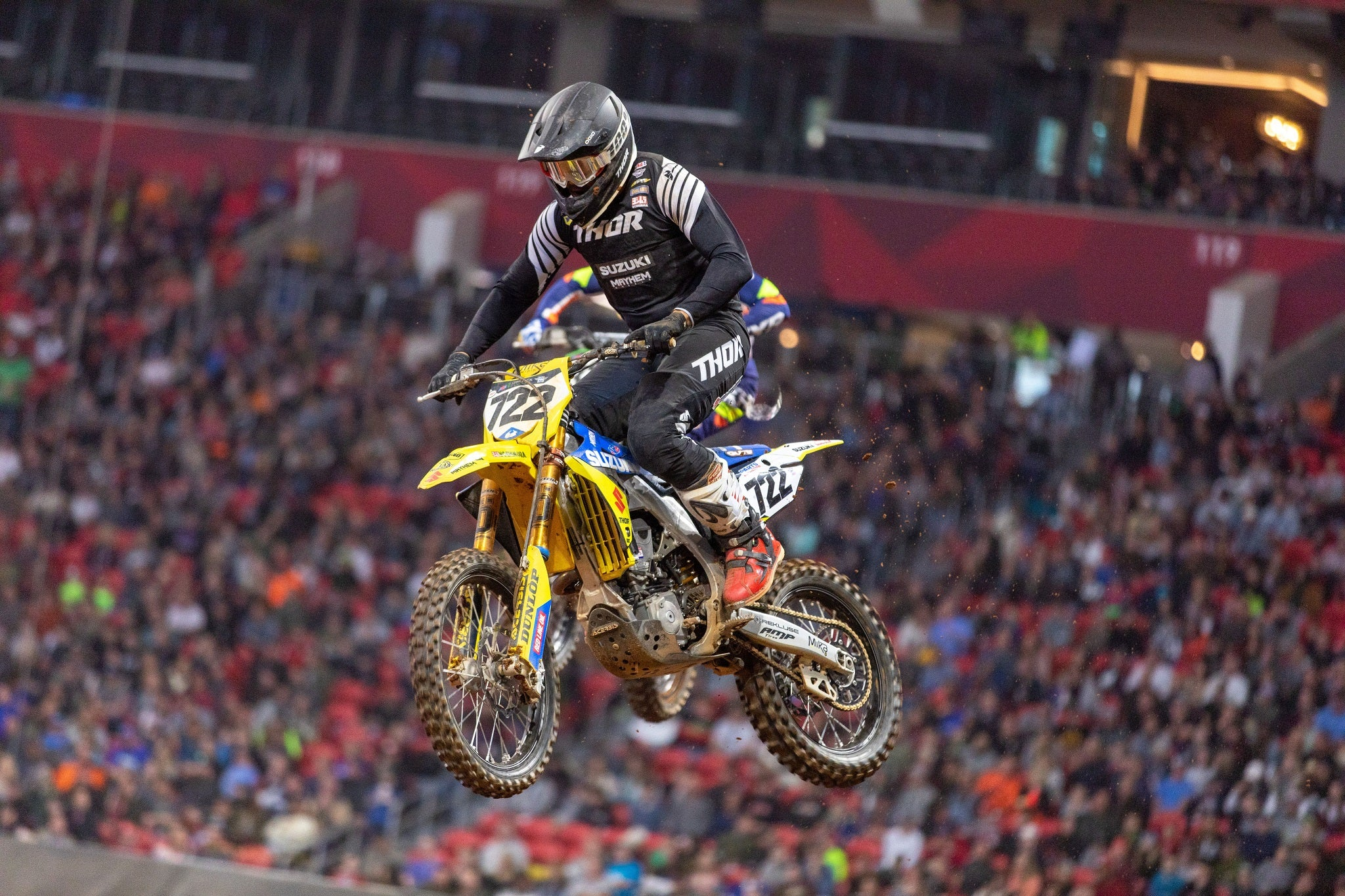 Adam Enticknap (#722) finishes in 17th place in the 450cc Premiere Class