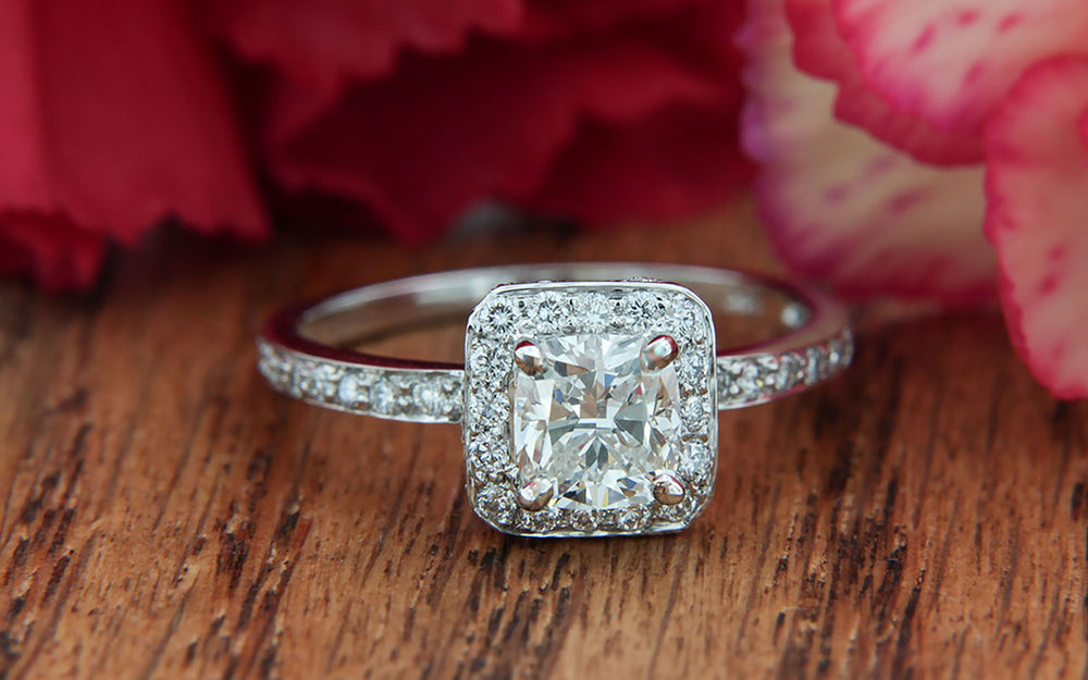 Beautiful Diamond Engagement Ring with Halo